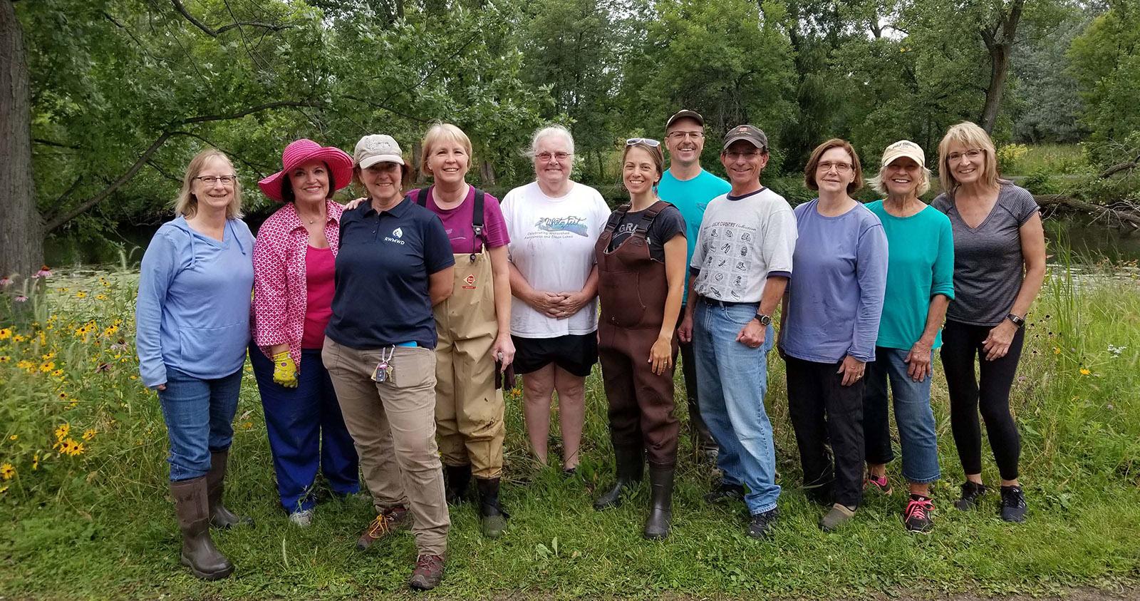 Volunteer planting group